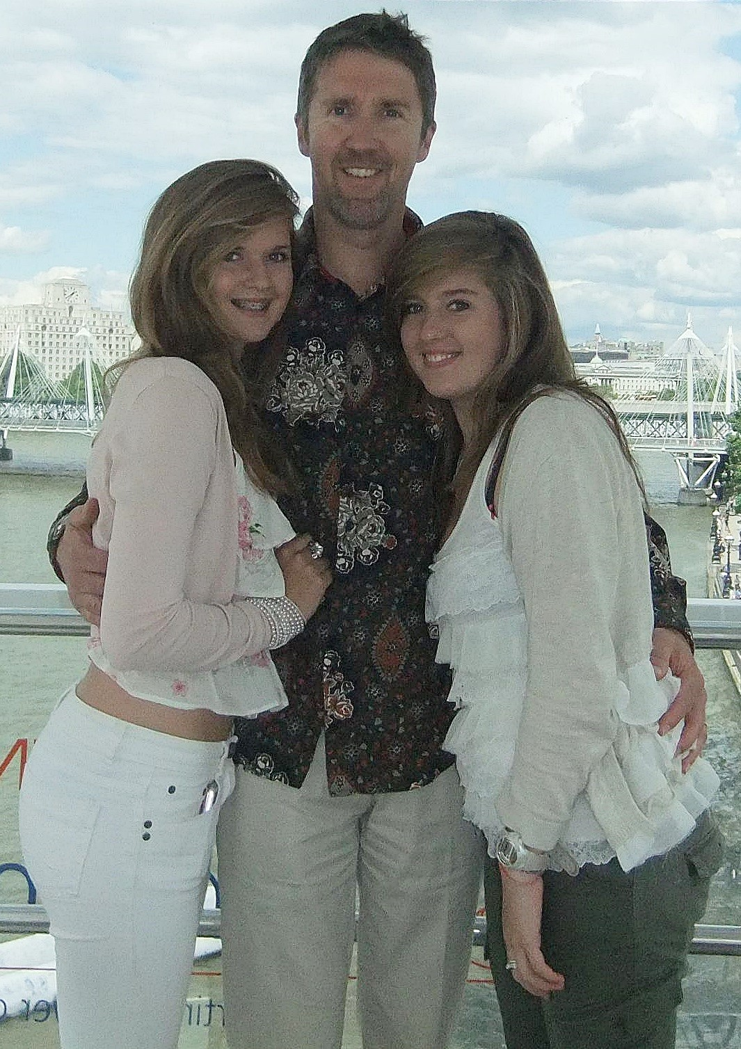 chrissi-with-her-dad-mike-and-her-sister-ciana-in-2011
