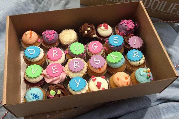 cupcakes spelling drugsiversarry