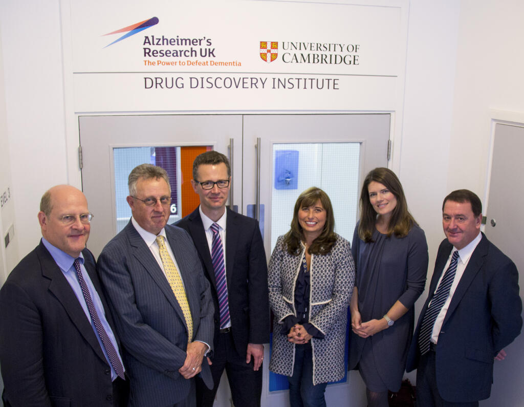 Cambridge DDI tour l-r executors Alastair Collett Peter Timms Cambridge DDI CSO Dr John Skidmore Dionne Dixon ARUK Chief Executive Hilary Evans and executor Jo