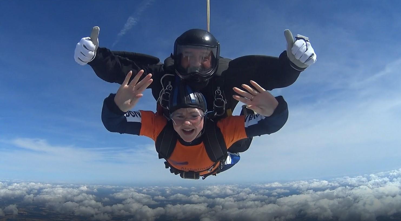 Esme Dunne skydive