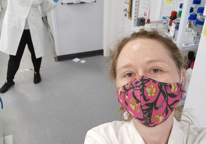Dr Meghan Larin and Florence Gidney (a Research Assistant in Prof Dion's lab) take a socially distanced lab selfie.
